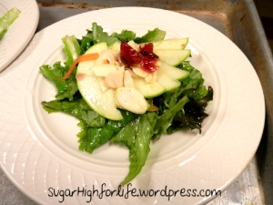 Mesclun Salad with Cranberries and Apples